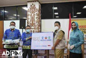 Gubernur Terima Bantuan Sembako dan APD dari YBTC, PT Nestle dan Baznas Lampung